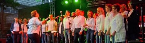 Feuchte Premiere für Open Air Konzert